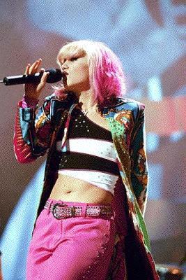 Gwen live